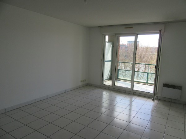 Rental apartment Toulouse 918€ CC - Picture 2