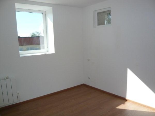 Rental apartment Sillans 575€ CC - Picture 2