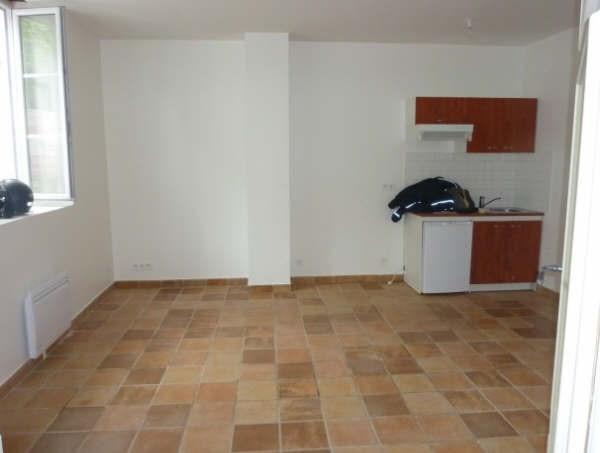 Location appartement Senlis 436€ CC - Photo 2