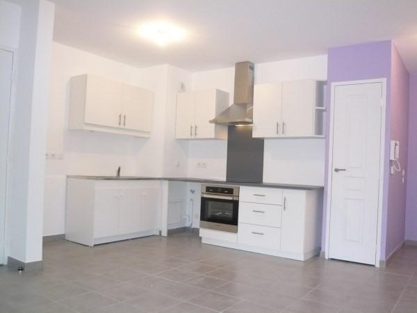 Rental apartment Cremieu 582€ CC - Picture 3