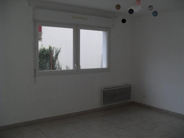 Location appartement Meyzieu 765€ CC - Photo 2