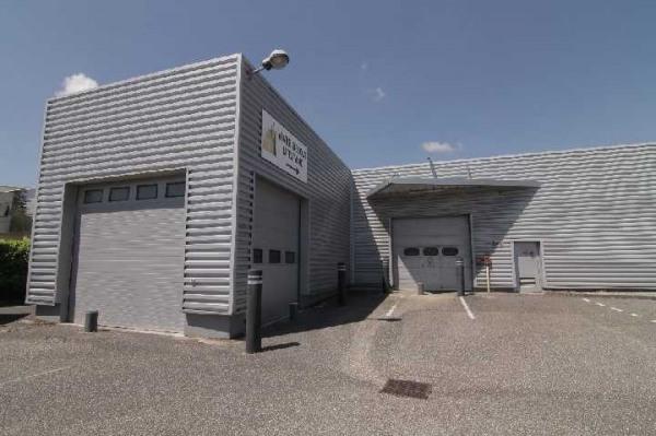 Location Local d'activités / Entrepôt Les Echets 0
