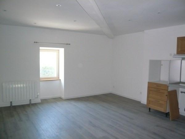 Rental apartment Porcieu amblagnieu 475€ CC - Picture 2