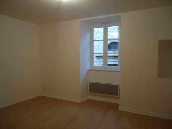 Rental apartment Cremieu 605€ CC - Picture 3