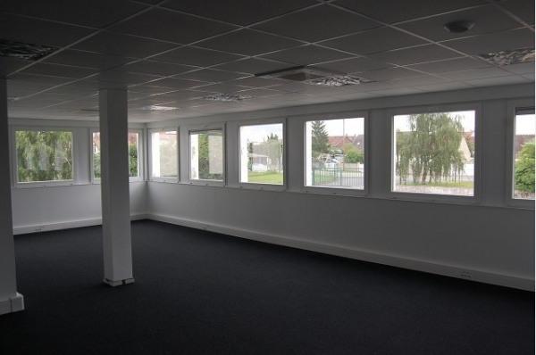 Location Bureau Lacroix-Saint-Ouen 0