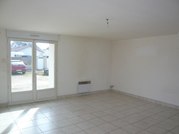 Rental apartment Optevoz 565€ CC - Picture 3