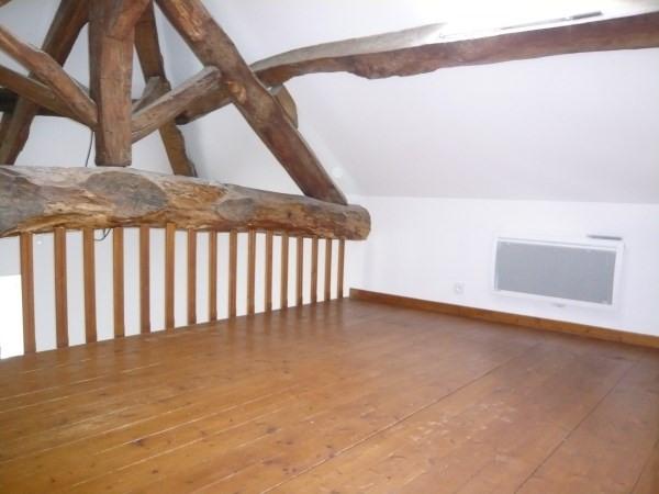 Rental apartment Cremieu 466€ CC - Picture 1
