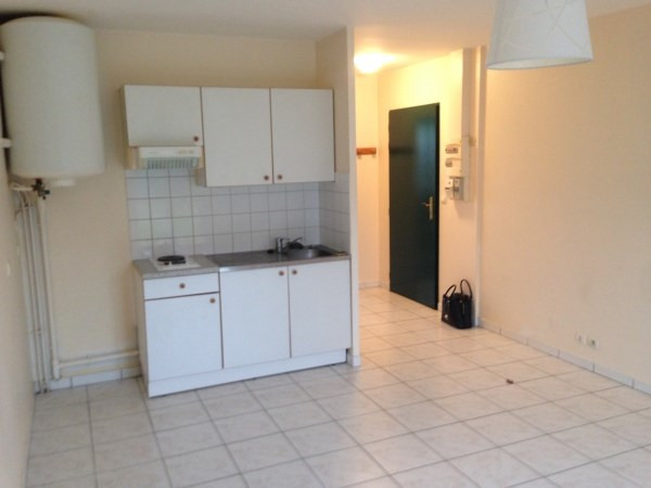 Location appartement Leudeville 630€ CC - Photo 3