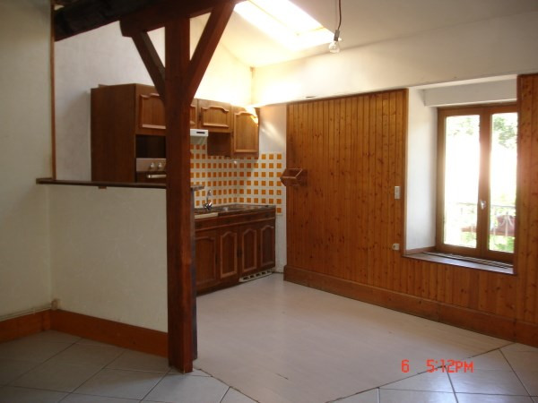 Location appartement Chamagnieu 750€ CC - Photo 2