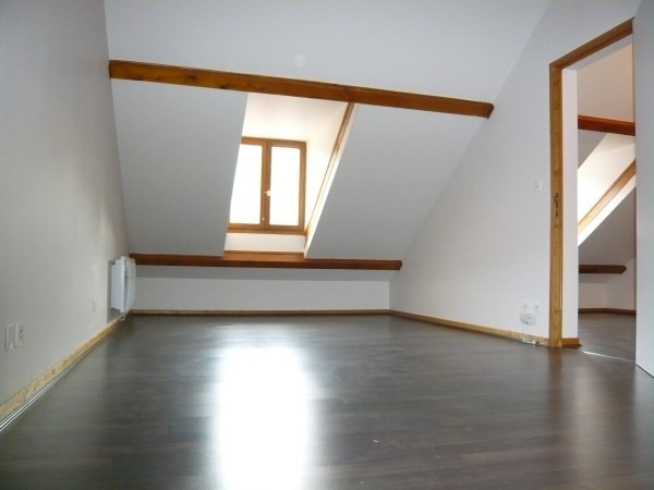 Rental apartment Cremieu 590€ CC - Picture 3