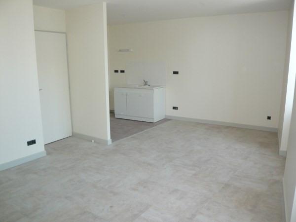 Rental apartment Trept 469€ CC - Picture 2