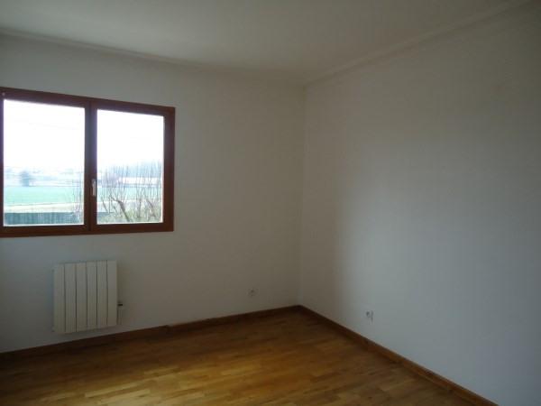 Rental apartment Chavanoz 710€ CC - Picture 3