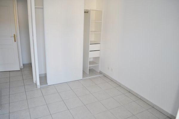 Location appartement Marseille 16ème 939€ CC - Photo 5