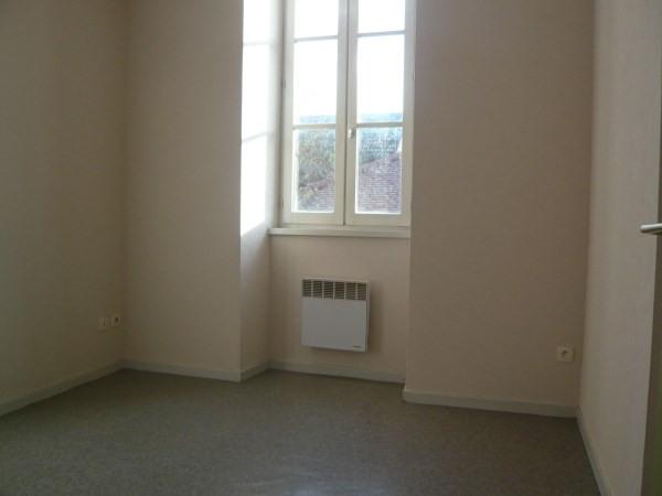 Location appartement Cremieu 490€ CC - Photo 3