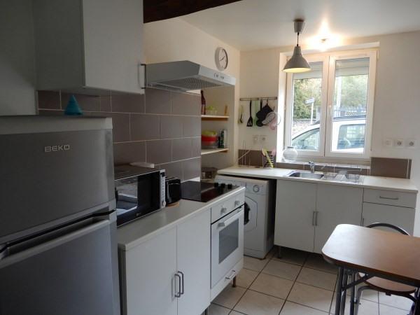 Rental apartment Cremieu 521€ CC - Picture 5