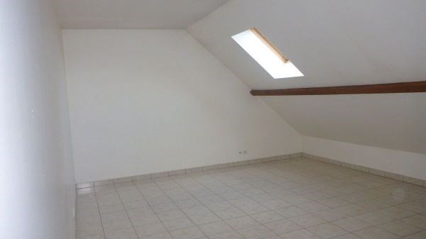 Location appartement Bouray sur juine 718€ CC - Photo 4