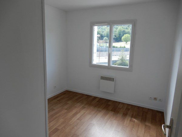 Location appartement Creys mepieu 555€ CC - Photo 4
