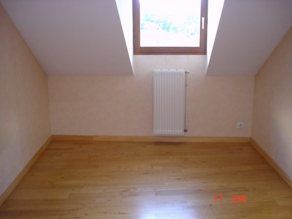 Rental apartment Cremieu 750€ CC - Picture 5