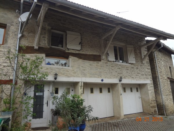 Location maison / villa Trept 580€ CC - Photo 1