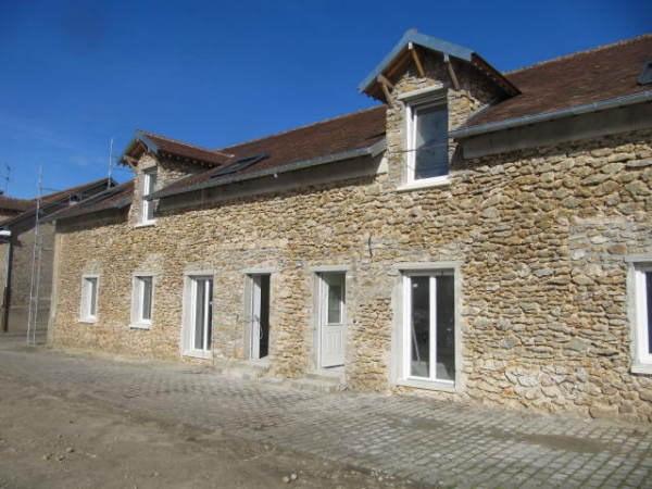Rental apartment Echarcon 815€ CC - Picture 1