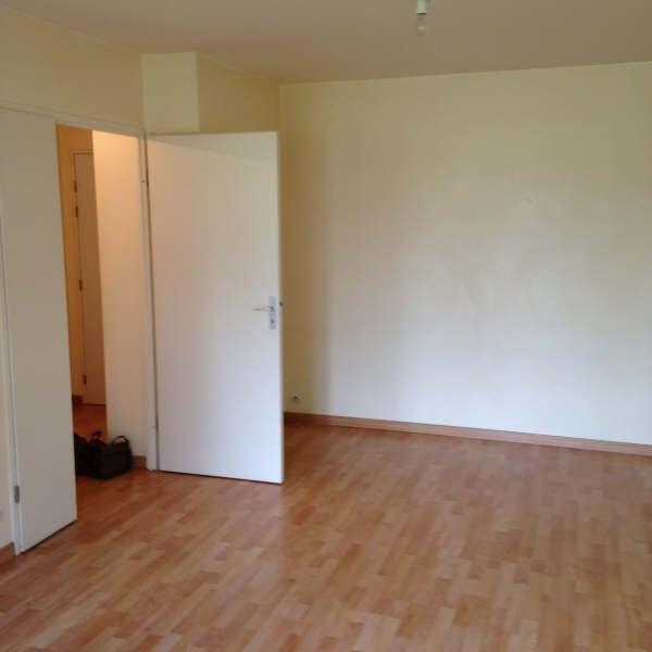 Rental apartment Elancourt 732€ CC - Picture 2