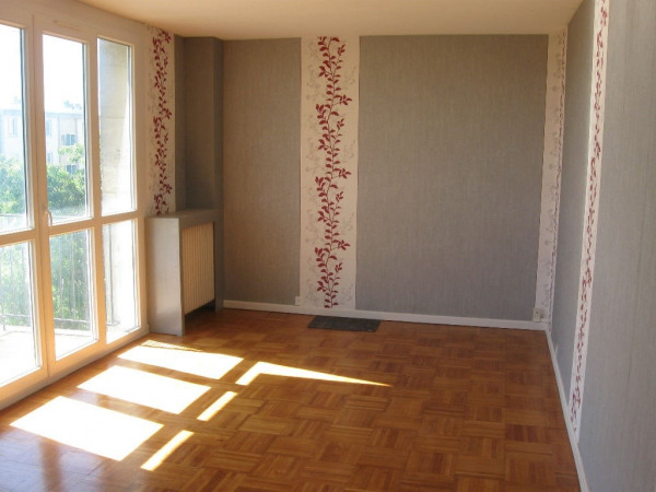 Appartement Beauvais 4 pièce (s) 67.76 m²