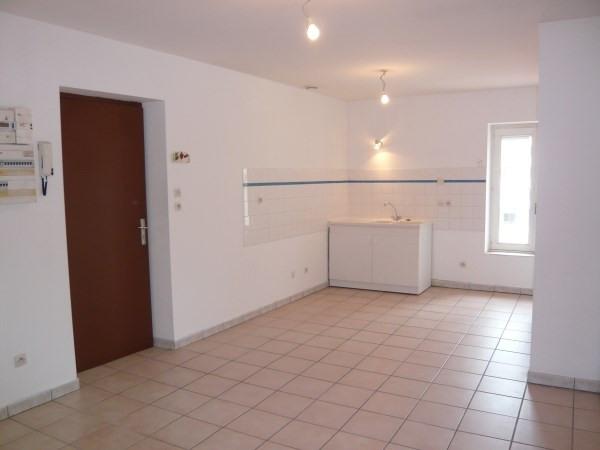 Rental apartment Pont de cheruy 470€ CC - Picture 1