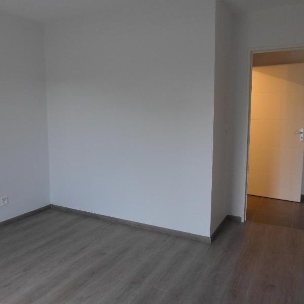Rental apartment Meyzieu 741€ CC - Picture 8