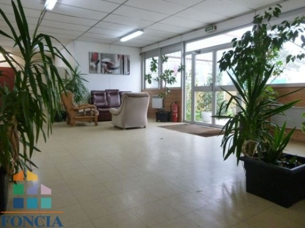 Location Local commercial Saint-Herblain 0