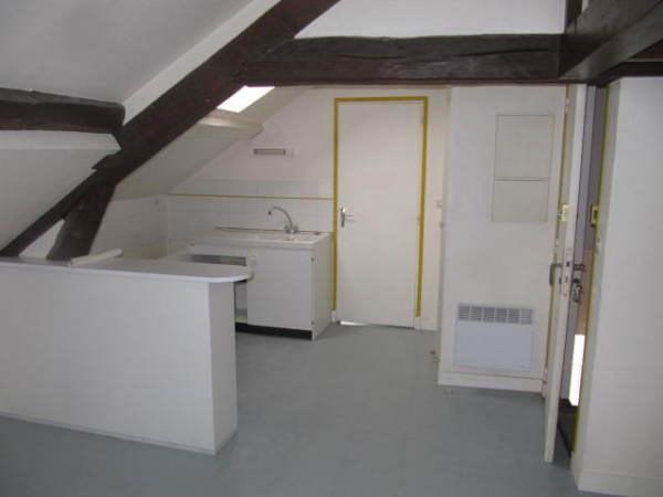Location appartement Chamarande 450€ CC - Photo 3