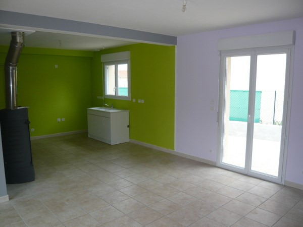 Location maison / villa Chozeau 823€ CC - Photo 2