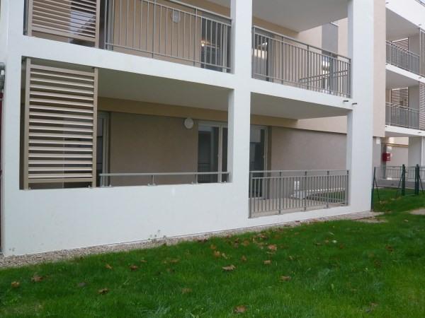 Rental apartment Cremieu 582€ CC - Picture 1