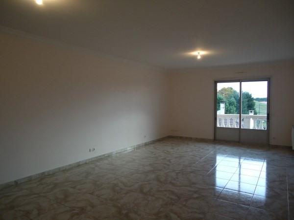 Rental apartment Chavanoz 616€ CC - Picture 2