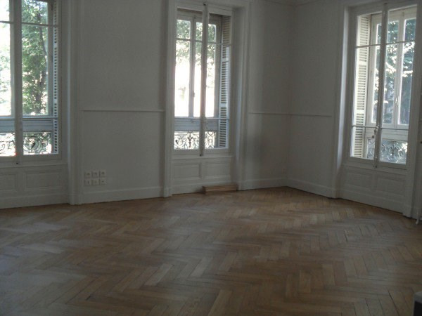 Location appartement Lyon 6ème 2 000€ CC - Photo 1