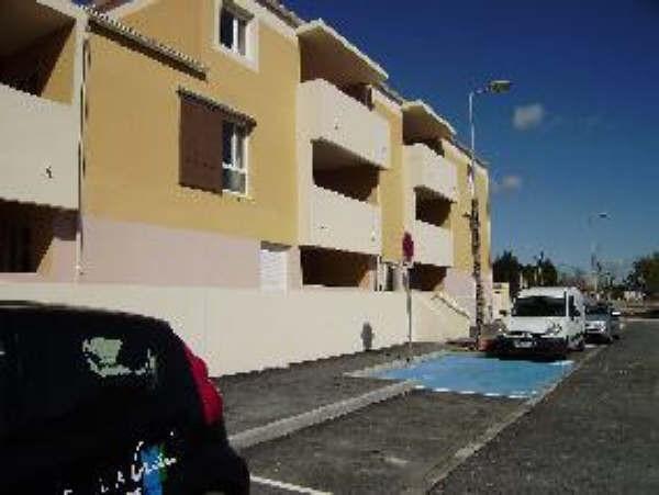 Location appartement Salon de provence 475€ CC - Photo 3