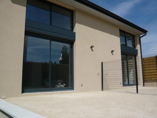 Location maison / villa Cremieu 850€ CC - Photo 2