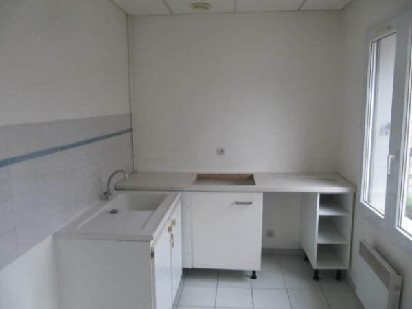 Location appartement Janville sur juine 730€ CC - Photo 3