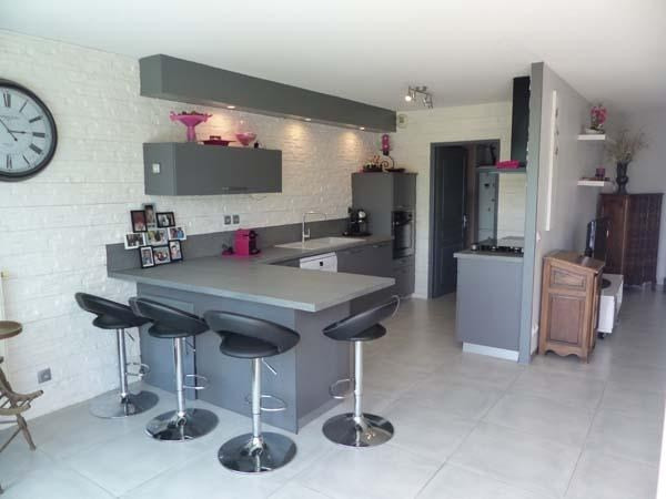 Sale apartment Rives sur fure 365 000€ - Picture 2