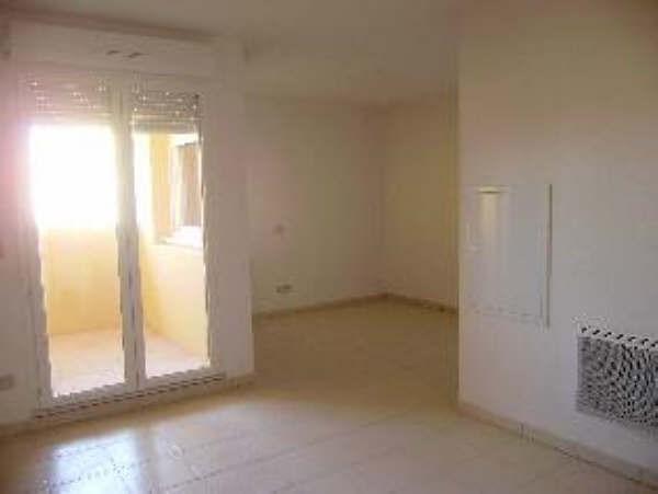 Location appartement Salon de provence 475€ CC - Photo 1