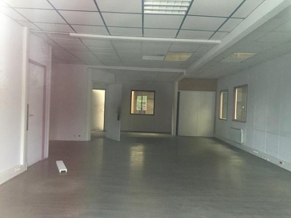 Location Local d'activités / Entrepôt Dieppedalle Croisset 0