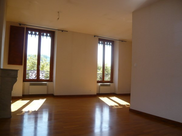 Rental apartment Cremieu 592€ CC - Picture 3