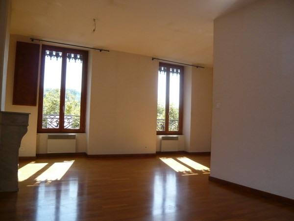 Location appartement Cremieu 592€ CC - Photo 3