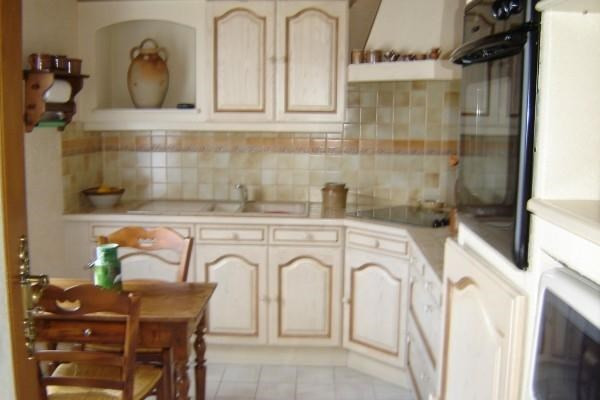 Sale house / villa St jean d'angely 152800€ - Picture 2