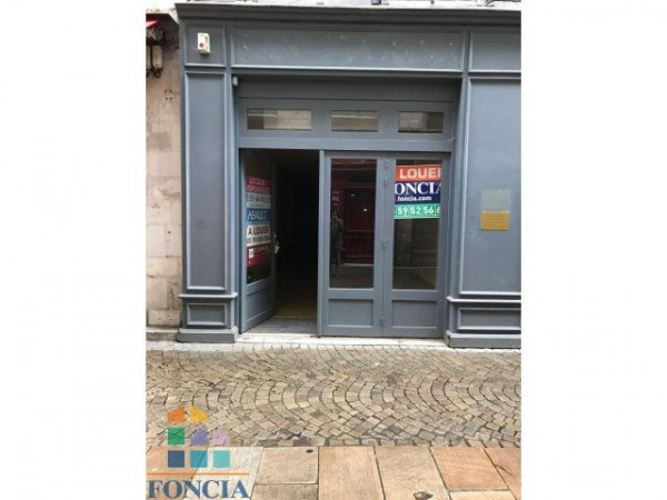 Location Local commercial Bayonne 0
