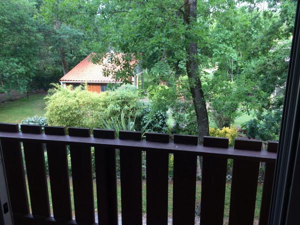 Studio avec balcon