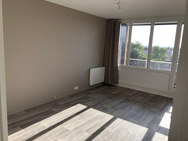 Rental apartment Cremieu 780€ CC - Picture 3