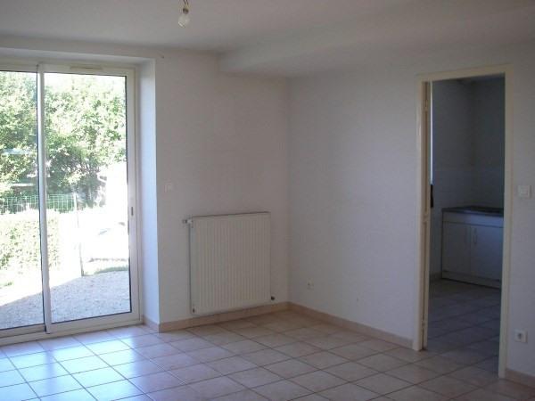 Location maison / villa Poncin 690€ CC - Photo 3