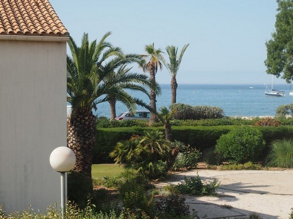 Location vacances appartement Sanary sur mer 690€ - Photo 1
