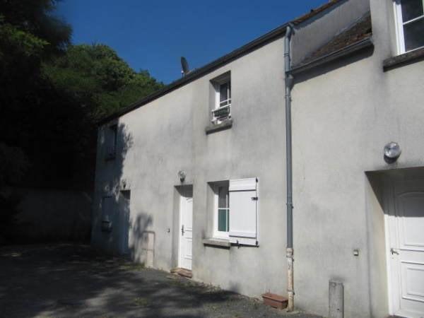 Rental apartment Boinveau - bouray 765€ CC - Picture 1