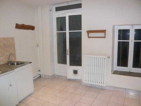 Rental apartment Chamagnieu 430€ CC - Picture 1